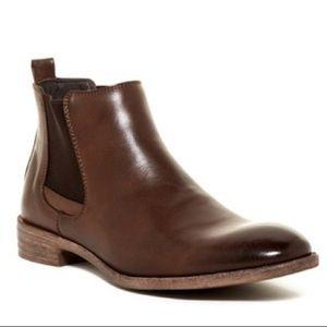Robert Wayne Men's Chelsea Boots